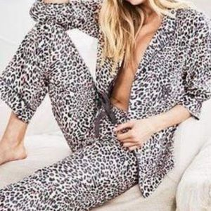 NEW Victoria's Secret Pajama Set Size XS